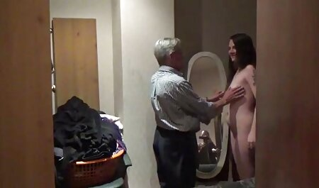 Essa garota decidiu se masturbar em seu maravilhoso carro video amador caiu na net